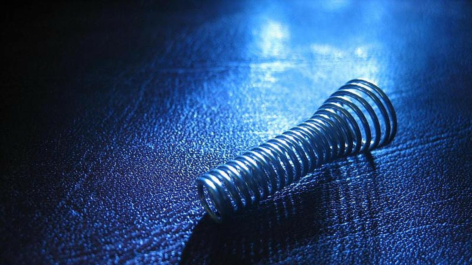 Molle Auto Su Misura.Molle A Compressione Applicazioni Materiali E Progettazione